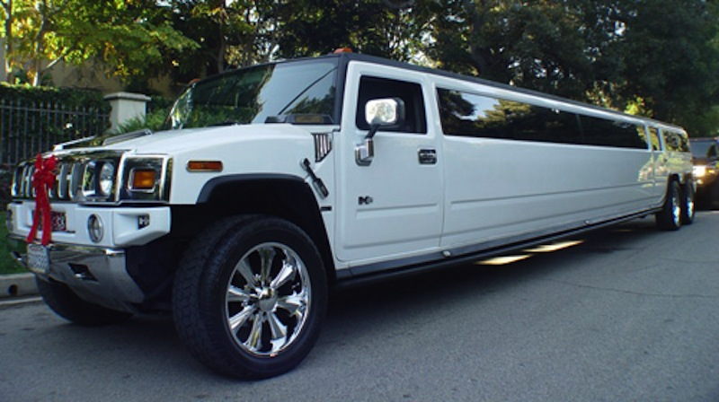 H2 Hummer Limo in CT image