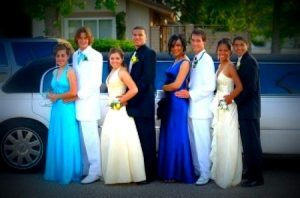 Image of prom limousine couples