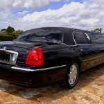 Lincoln Stretch Limo in CT image