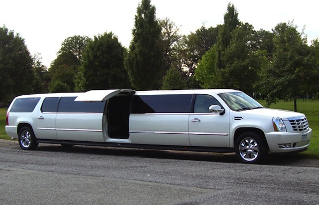 CT Passenger Cadillac Escalade LEAR Jet-Door picture