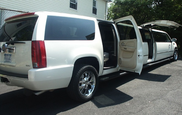 Back Entrance in the CT Escalade Limousine image