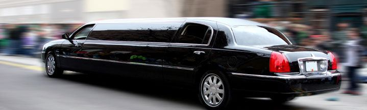 Hotel Tripping In A CT Limo image